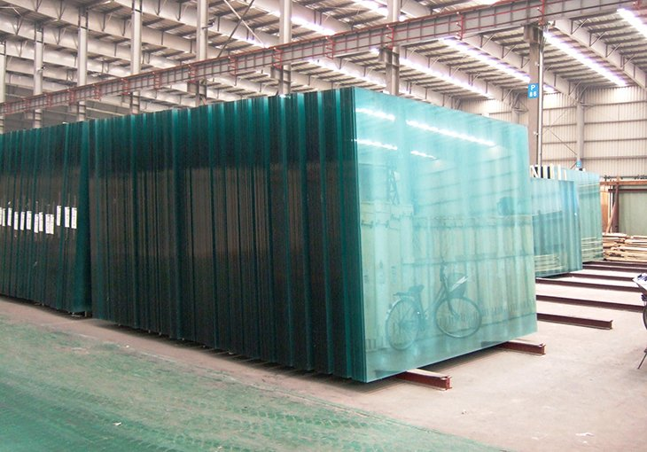 Китайская компания построит в Ферганской области линию по производству шлифованного строительного стекла