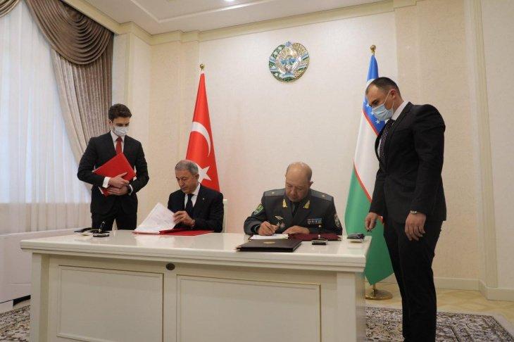 Узбекистан и Турция подписали соглашение о развитии военного и военно-технического сотрудничества