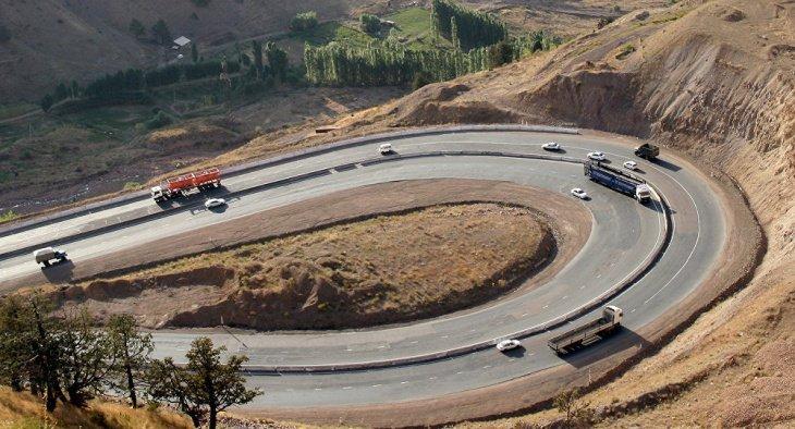 """Узбекистан разрешил иностранным перевозчикам использовать перевал """"Камчик"""""""