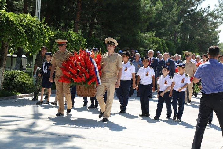 В Ташкенте отметили 78-ю годовщину Великой Отечественной войны. Фотолента