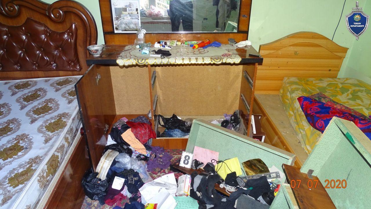 {Наши соседи} Четверо бандитов в масках сломали стену частного дома, избили владельца и его семью, украв свыше 26 тысяч долларов
